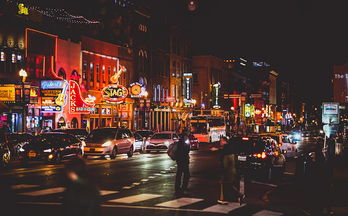 drivers in Nashville at night