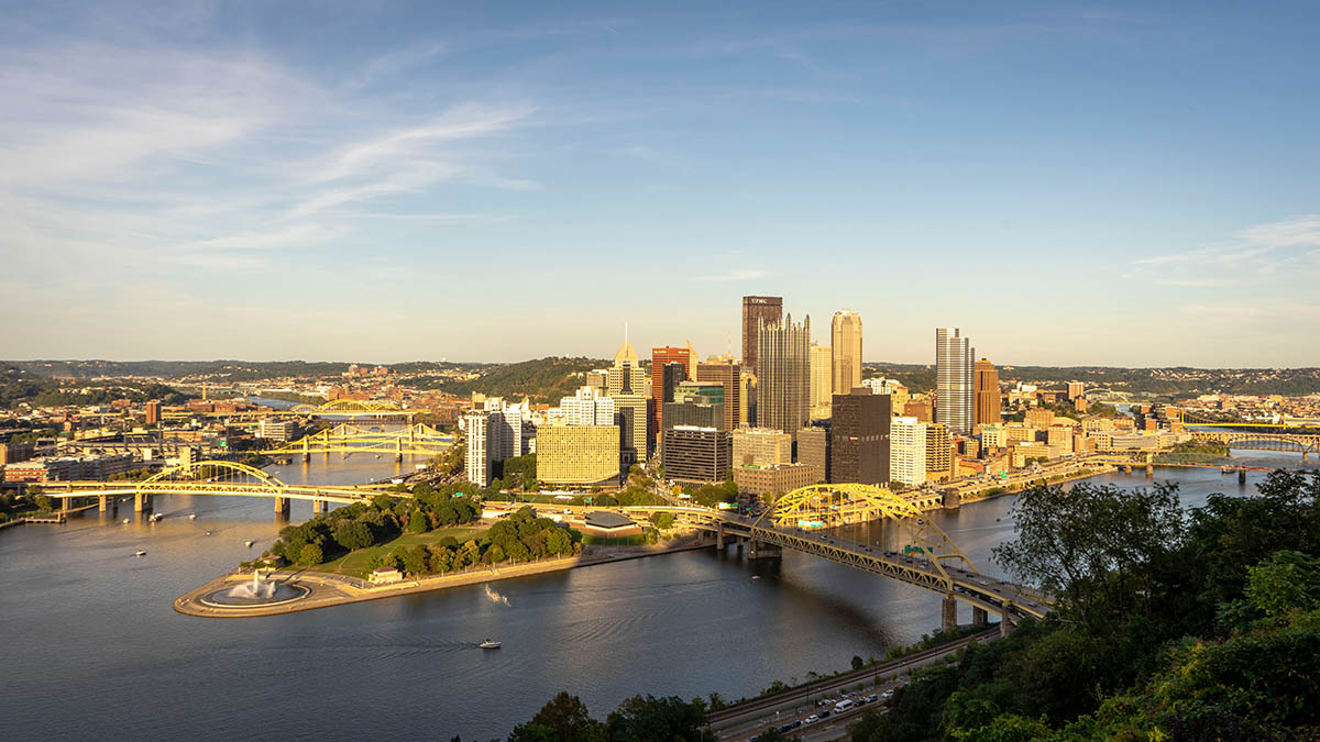 Pittsburgh river in the morning